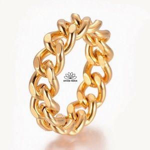 Curb Chain Ring   Gold Plated Stainless Steel